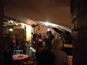 Jazzjamit Santa Klarassa Gamla Stanissa.
